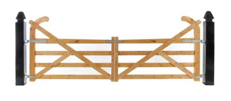 4 Rail Ranch Timber Gates