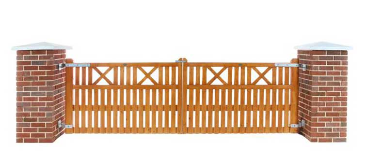 X Entrance Timber Gates